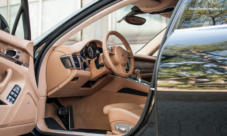 tauschedeinauto-autotausch-autokauf-auto-verkaufen-youngtimer-oldtimer-sportwagen-Porsche-Panamera-Turbo-5
